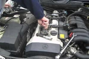 Mercedes E320 wimiana świec